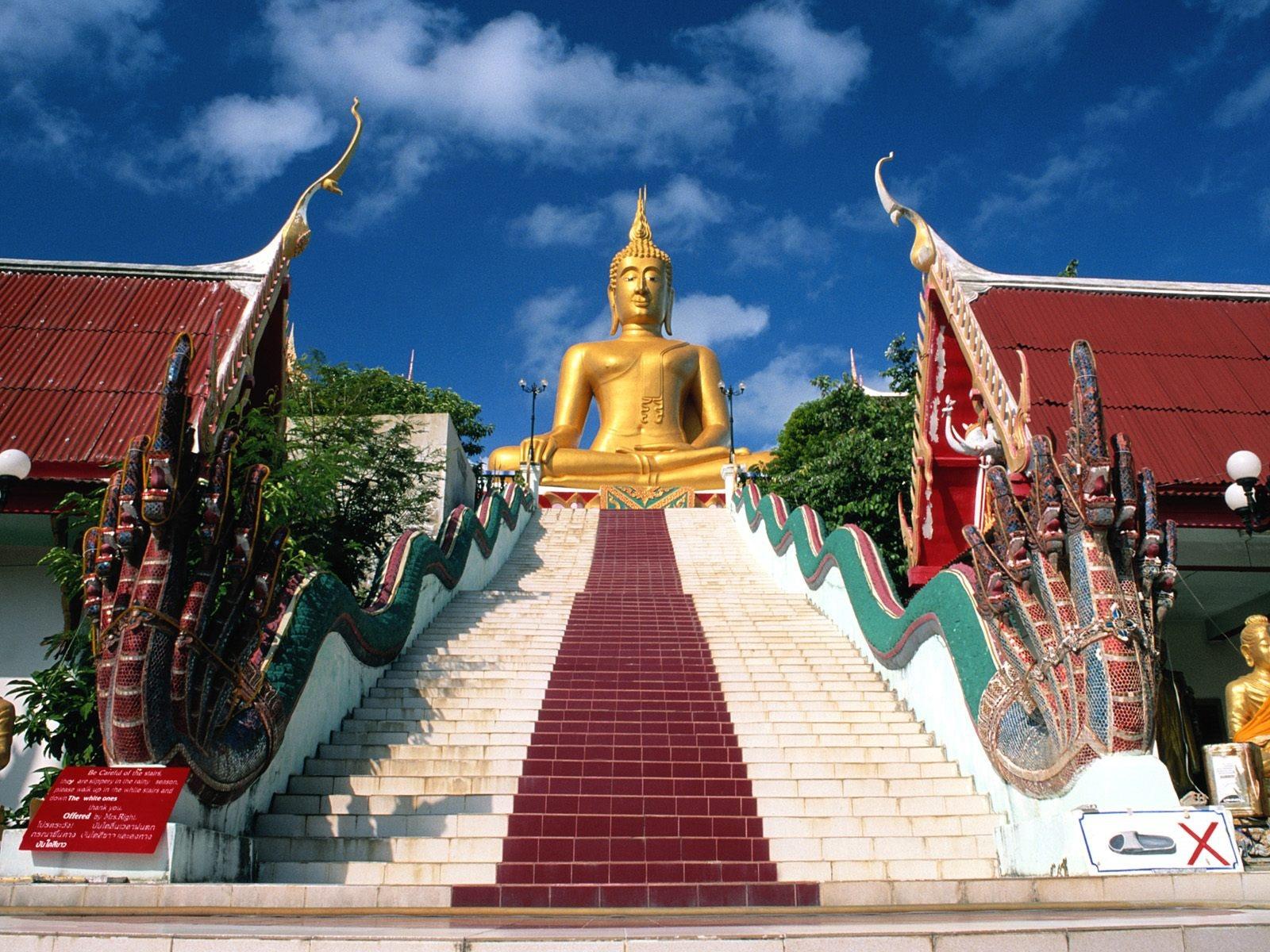 World___Thailand_Buddha_statue_at_a_resort_in_Pattaya__Thailand_061680_